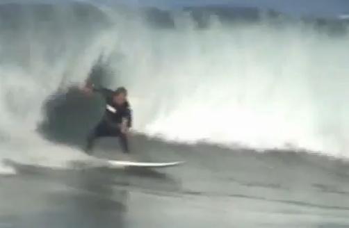 Wainui Beach Surfing