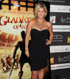 Rachel Hunter Belle Donne