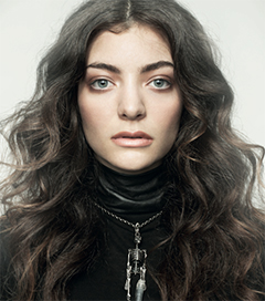 Lorde Single Breaks into Billboard Top 10