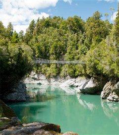 On the Trail of Colour in Hokitika