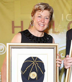 Debbie Hockley Inducted into Cricket Hall of Fame