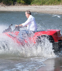 Top Gear's Jeremy Clarkson Quadskis into Lake Como