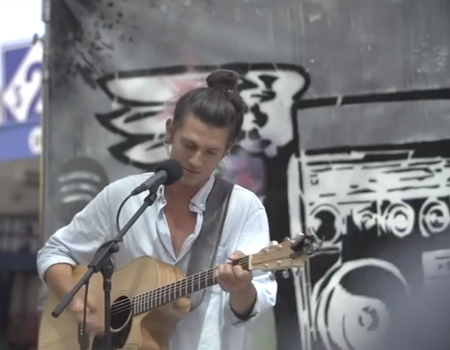 Benny Tipene 'Lonely' Performance