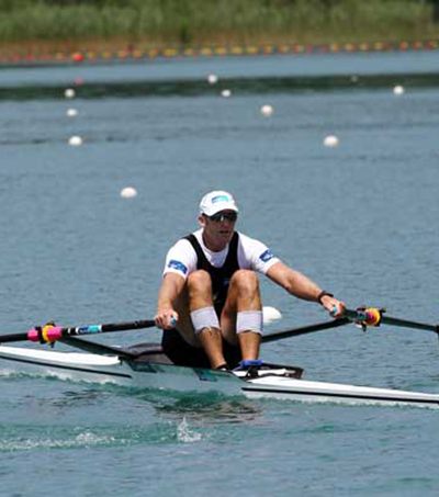 Drysdale Powers to World Cup Gold