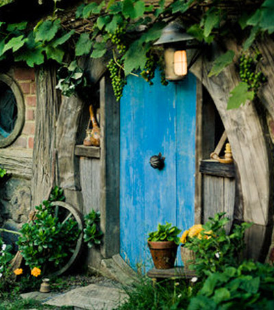 """Bilbo Baggins Slept Here"" in New Zealand"