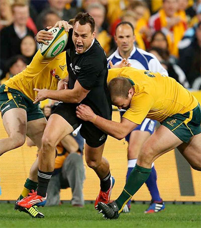 All Blacks Fend off Wallabies for Stalemate in Sydney