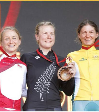 Linda Villumesen Takes Time Trial Gold in Glasgow