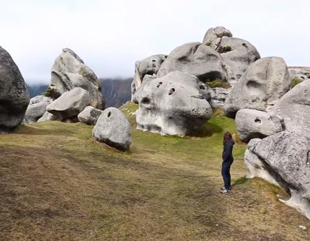 Living a Kiwi Life – Episode 12: Ngarua Caves, Labyrinth Rocks & Castle Hill