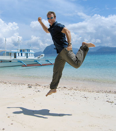 Amazing Race Host Phil Keoghan's Workout-Anywhere Tips