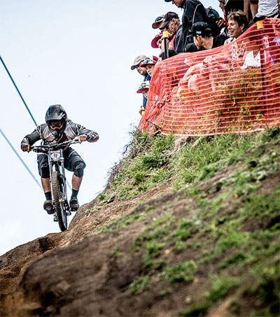 Frenetic Action at Crankworx Rotorua Downhill Race