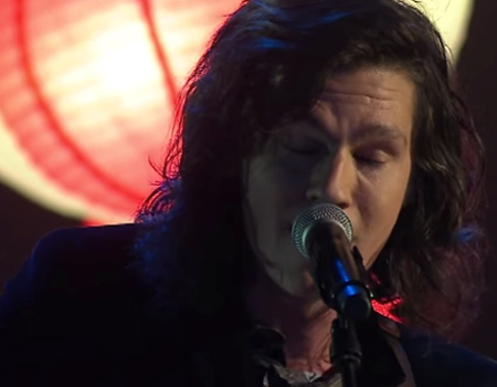 Benny Tipene performs 'Lanterns' on The X Factor NZ