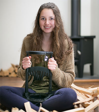 Teenager Ayla Hutchinson Lands US Deal with Kindling Cracker