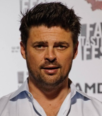Karl Urban Nominates Kids Can as Part of Star Trek Beyond's Global Omaze Campaign