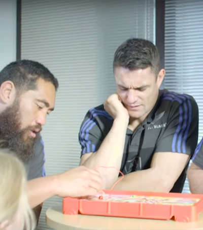 New Zealand All Blacks Join English Footballers For UNICEF