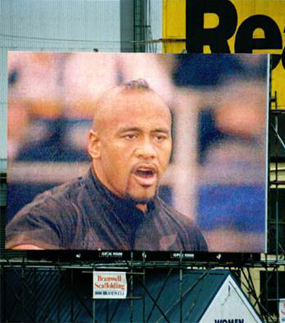 #191: Jonah Lomu: Rugby Superstar Melded Power and Speed