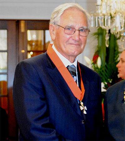 Black Hole Expert Roy Kerr Honoured in Nice