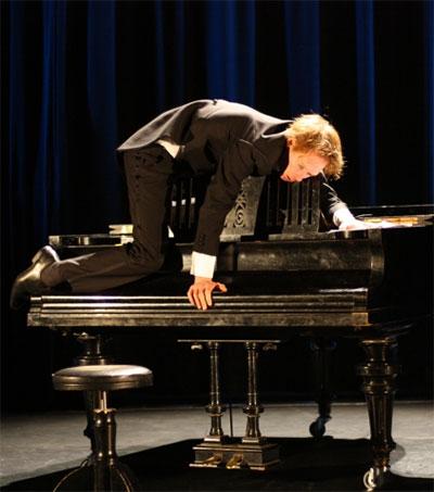 Thomas Monckton's The Pianist a Brilliant Hour
