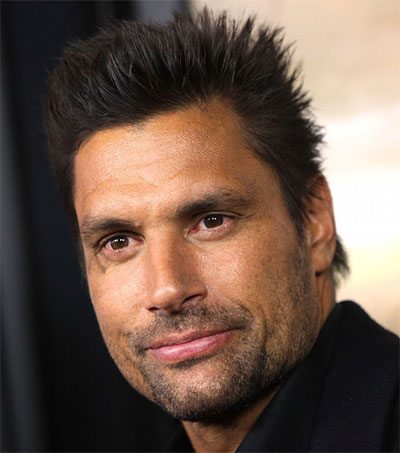 Actor Manu Bennett Returns to TV Roots
