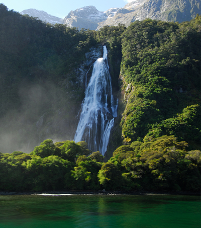 10 Reasons You Will Fall in Love with New Zealand