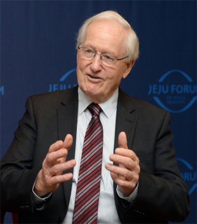 Former PM Jim Bolger Calls for Inter-Korean Talk