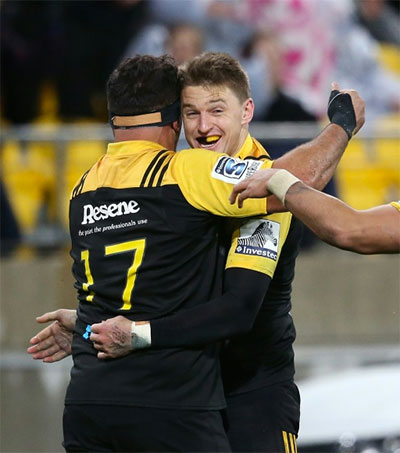 Hurricanes Clinch 2016 Super Rugby Title