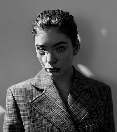 EDGE #260: Lorde Talks Melodrama, Looksee Welly Draws 48,000, Zane Lowe's Beats 1 + Top of the Lake Season Two ++ more