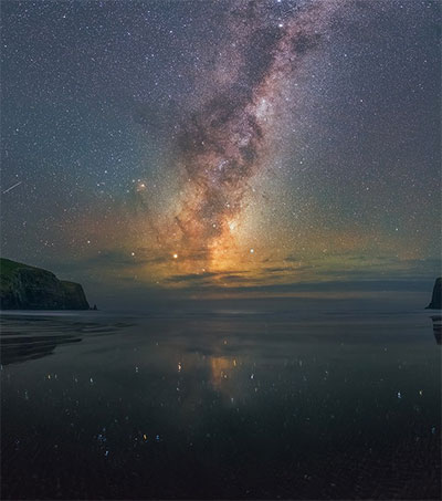 Insane View of Milky Way from Edge of NZ