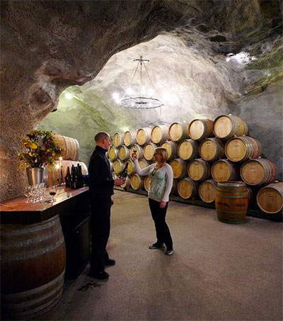 New Zealand Wine Tourism Figures Soar