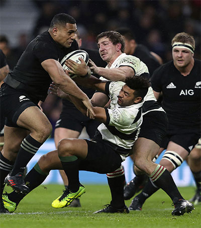 All Blacks Prevail Against Barbarians at Twickenham