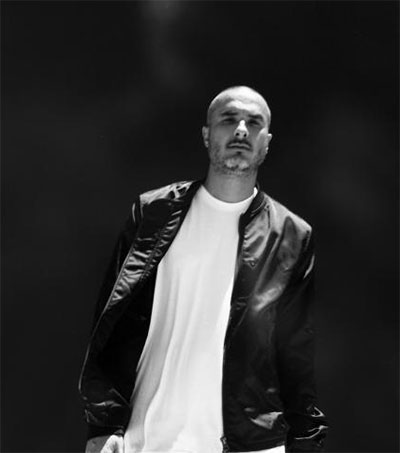 Beats 1 DJ Zane Lowe Broadcasts from Sydney