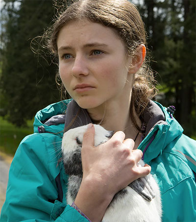 Thomasin McKenzie Steals the Film in Leave No Trace