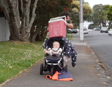 How to Dad – How to Push Baby in Stroller