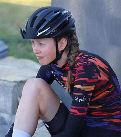 Young Cyclist Ella Harris Earns Pro Contract
