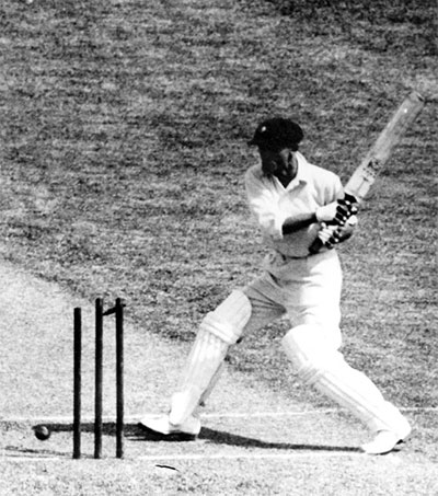 Man to Make $40k Profit After Buying Bradman Bat