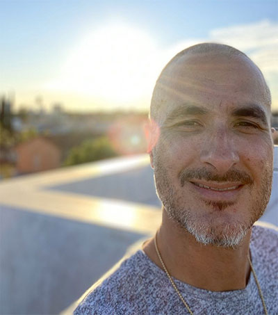 Spinning Yarns With Beats 1 DJ Zane Lowe
