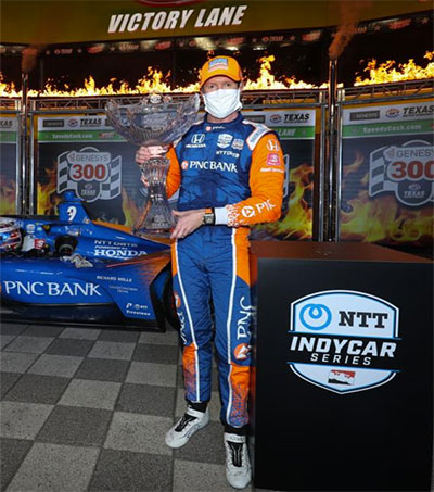 IndyCar's Scott Dixon Wins in Texas