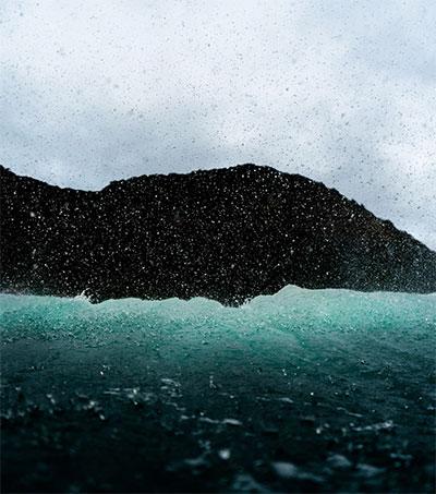 Oscar Hetherington Wins Photo Award for Backwash