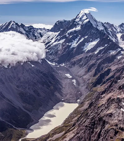 New Zealand's Glaciers Testament to Climate Change