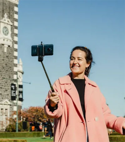 Cooee Keeping Tour Guides in Virtual Business