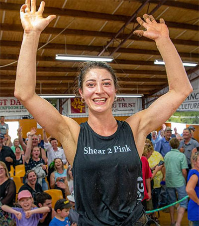 Shearing World Record Broken by Megan Whitehead