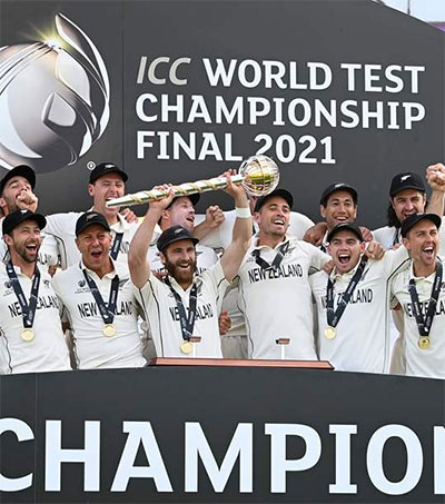 New Zealand Wins the ICC Mace Beating India