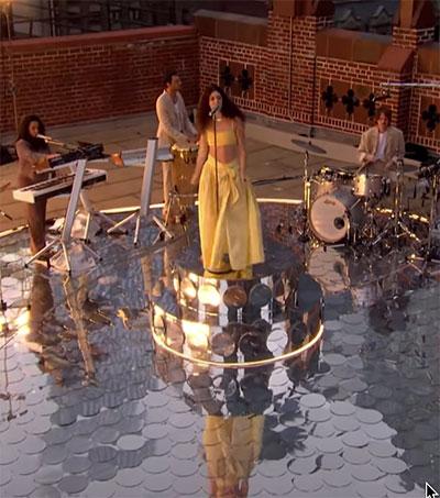 Lorde Sings Solar Power atop Ed Sullivan Theater
